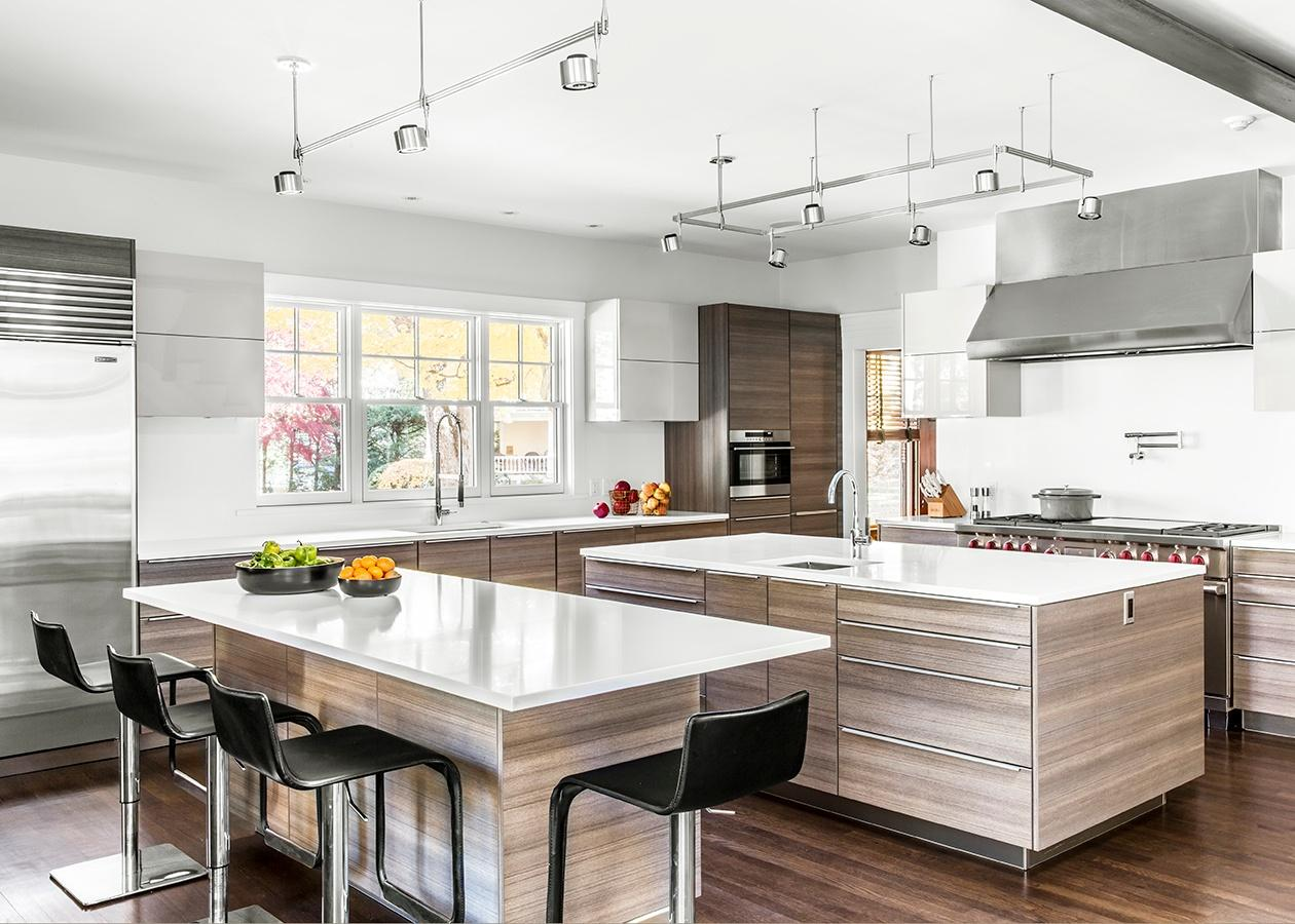 New england 39 s top six kitchen designs celebrated at 7 tide seven tide boston showroom for Kitchen design showrooms boston