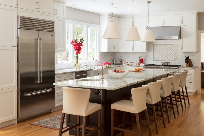 Melissa Hammond Brings Us This Simply Inviting Kitchen The 35 X 16 Renovation Turned A Dark Family Unfriendly With Tiny Island Into